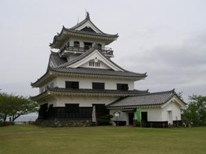 歴史 里見氏は清和源氏新田氏の一族である。 結城合戦(1440年、6代... 館山城